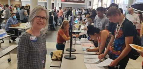 Howard greeting students and their families at Northbrooks annual Open House on September 29, 2021.